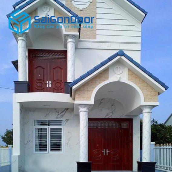 Căn hộ cao cấp dùng cửa thép vân gỗ tạo sự sang trọng và an toàn cho gia chủ